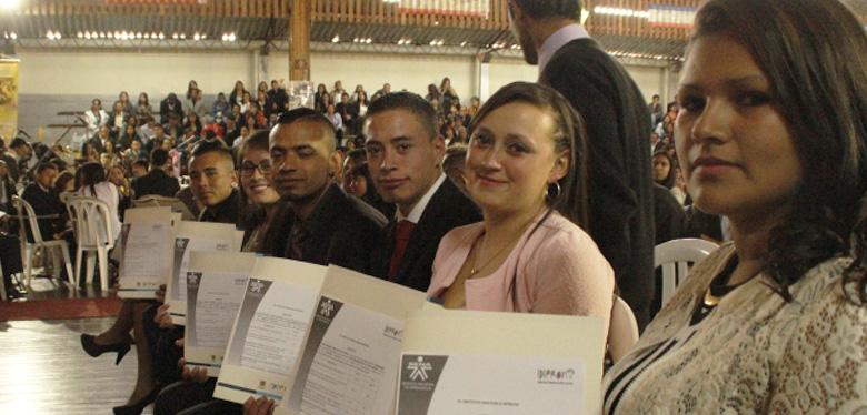 Bogotá tiene 529 jóvenes graduados para la productividad