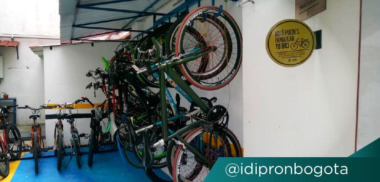 Reconocimiento para IDIPRON en biciparqueadero