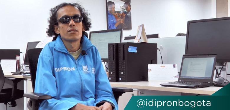 Imágen Wilmar Torres en instalaciones del IDIPRON
