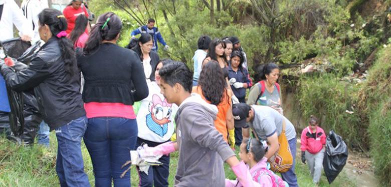 Jornada de limpieza con jóvenes