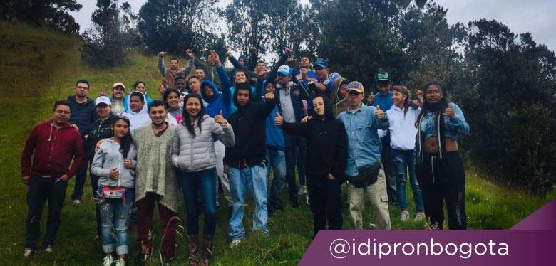 Grupo de jóvenes en Sumapaz