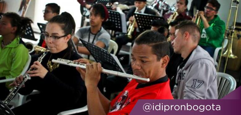 Foto: Mauricio León - Jóvenes músicos en UPI Javier de Nicoló